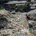 China's mega-dump full 25 years ahead of schedule